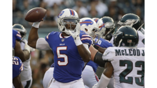 Bills' McCoy shows Eagles what running game looks like