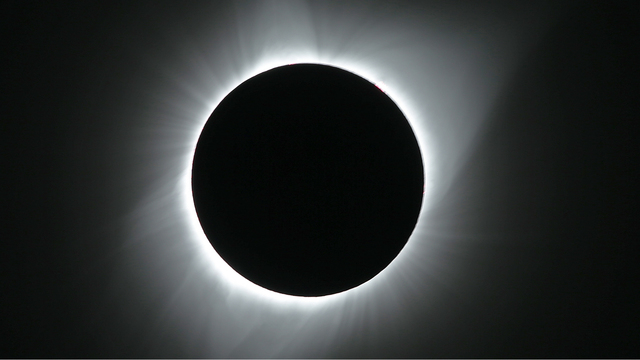 Total eclipse of the sun in Grand Teton National Park.jpg04606609