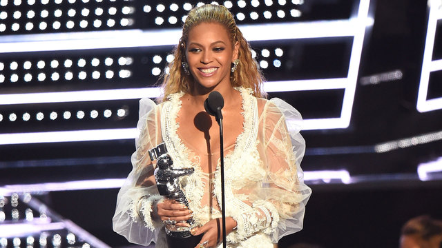 Beyonce accepting Video of the Year at 2016 MTV VMAs27590718