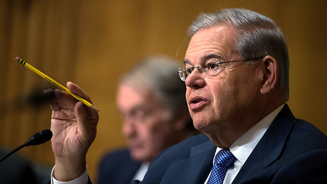 Dominican woman testifies Sen. Menendez helped her with visa