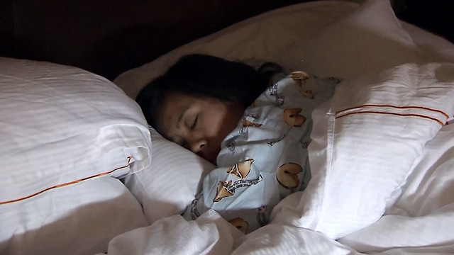Report: Women in midlife aren't sleeping enough, study says