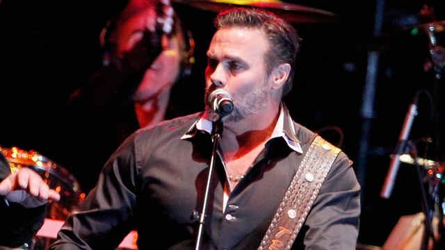 Troy Gentry of 'Montgomery Gentry' killed in helicopter crash