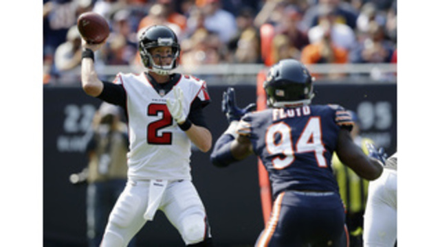 Ryan leads 2 TD drives in 4th, Falcons hold off Bears 23-17
