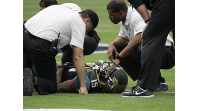 Jags' Robinson, Cards' Johnson among those injured in Week 1