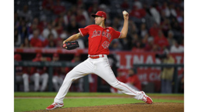 Angels crush Astros 9-0 with 8 extra-base hits