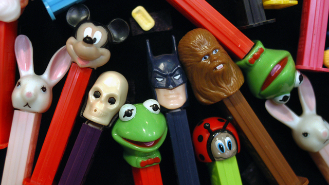 Hall of Fame Toys PEZ dispenser.jpg37343316
