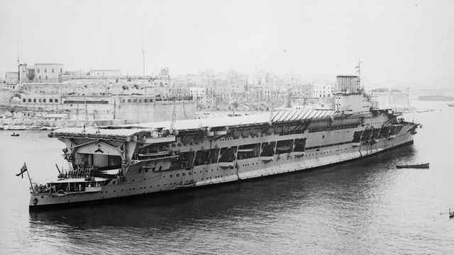 British aircraft carrier HMS Courageous in 192955024919