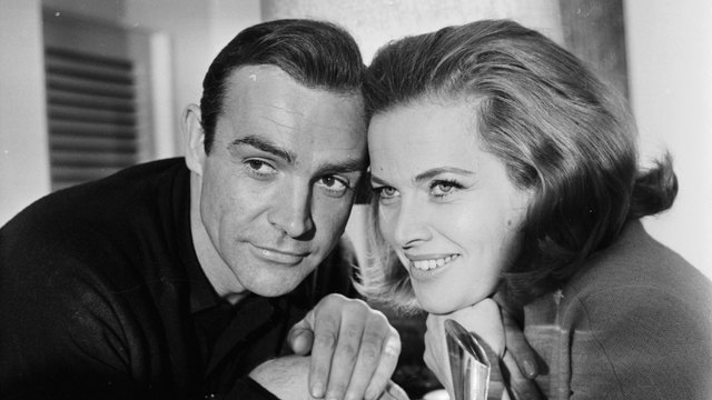 Sean Connery, Honor Blackman in Goldfinger promo photo39499587