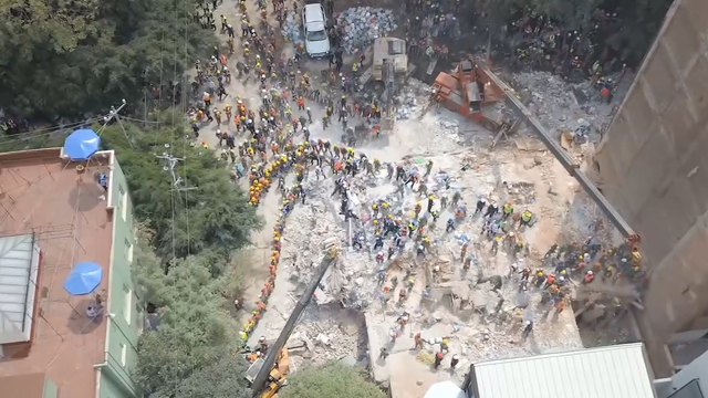 Mexico quake: Crews keep searching for victims