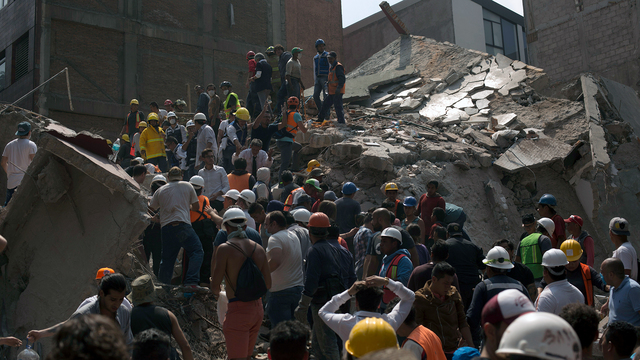 Hopes of finding quake survivors all but vanish in Mexico