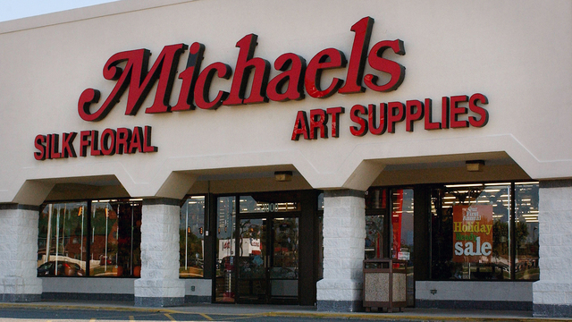 Holiday Hiring Michaels.jpg41491767