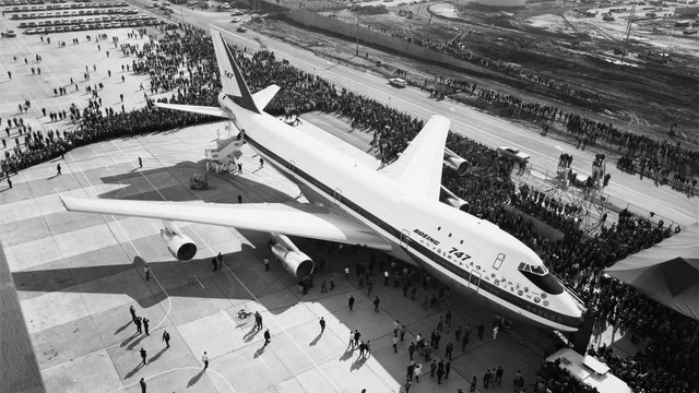 Boeing 747 rollout in 196871751045