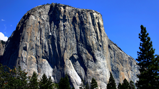 Giant rockslide at Yosemite National Park leaves one dead with searches underway