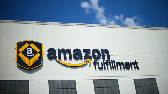 Amazon wants to hire 120,000 U.S. workers for the holidays