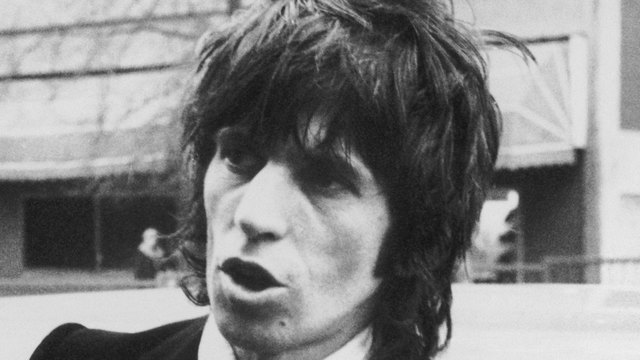 Keith Richards arriving at court in 197779212789