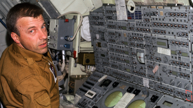 Paul Weitz NASA Astronaut.jpg25468842