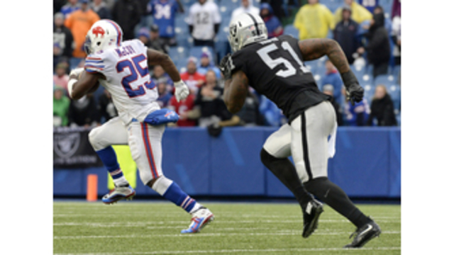 Opportunistic Bills rout sloppy Raiders, 34-14