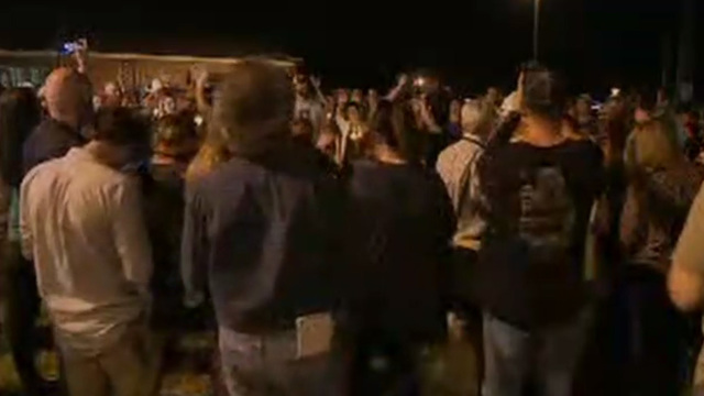 Vigil Texas church shooting, CNN livestream_1509931270906.jpg40862566