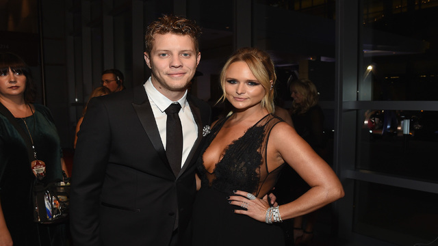 Miranda Lambert's boyfriend Anderson East slams Garth Brooks for lip-syncing