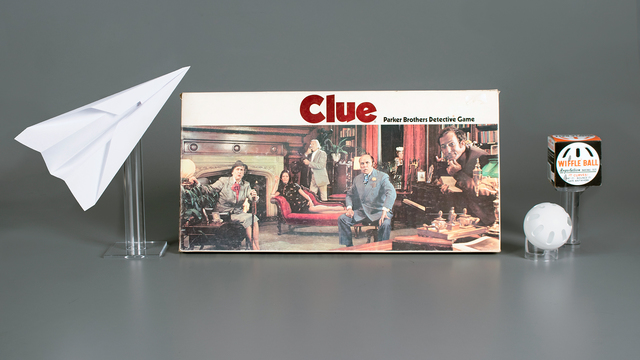 Toy Hall of Fame 2017 Clue Wiffle Ball Paper Airplane.jpg44493125