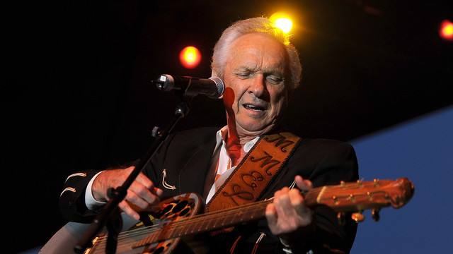 Country music star Mel Tillis dies