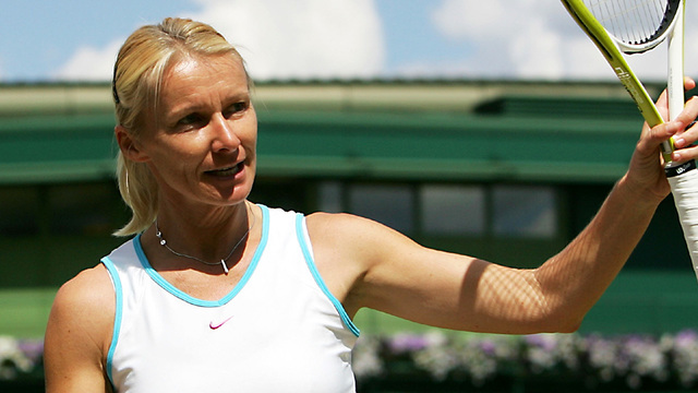 Jana Novotna: Former Wimbledon champion dies at age of 49