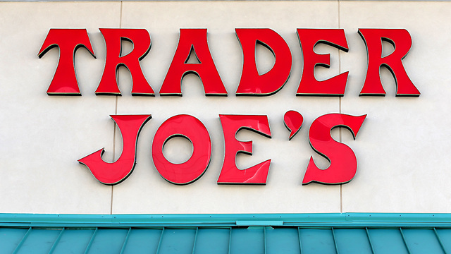 Trader Joe's recalls salads over plastic glass fears