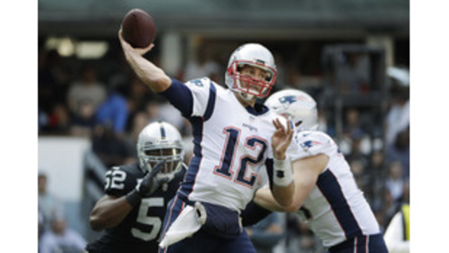 Patriots' Brady misses practice with Achilles tendon injury