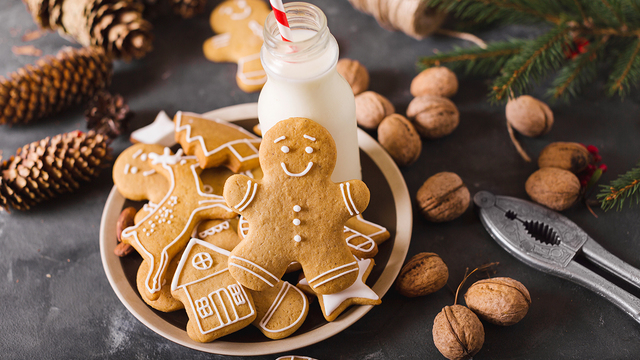 Classic gingerbread cookie recipe