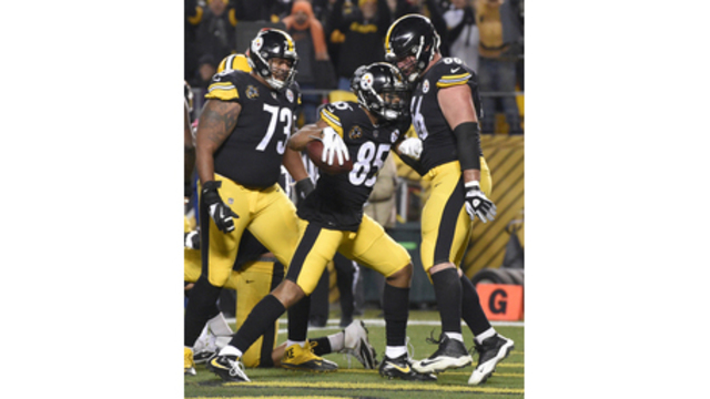 Lights, Camera, Action! Steelers red-hot in prime-time