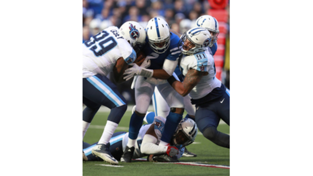 Titans find groove sacking QBs, piling up 11 in past 2 games