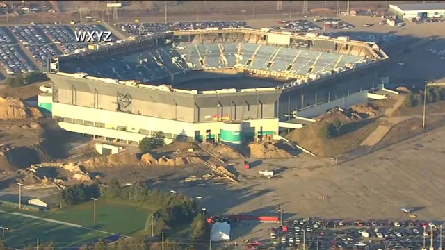 After failed attempt, Silverdome finally implodes