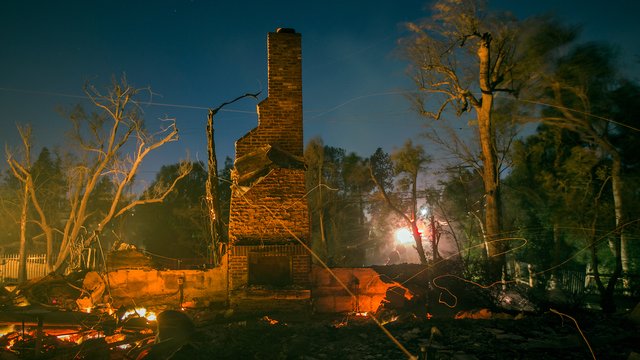 Creek Fire in California on Dec 5 House Destroyed.jpg58079971