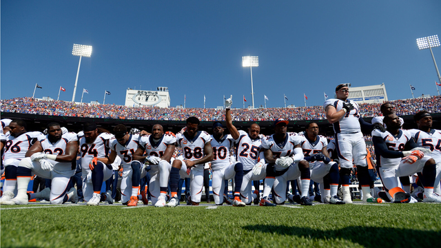 nfl_anthem_protests_1513111669466.jpg98989742