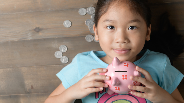 5 vital money lessons to teach your kids