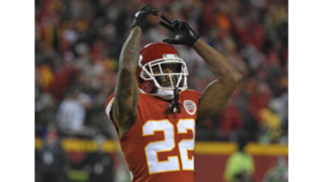 Peters dazzles as Chiefs beat Chargers in AFC West showdown