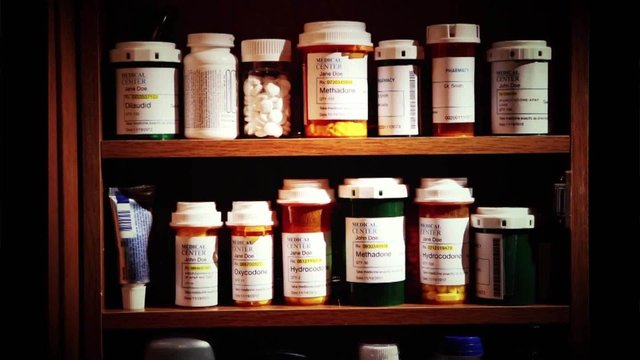 Doctor faces charges over opioid prescriptions and 5 patient deaths