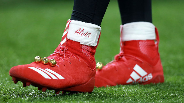 NFL's 'Grinch' fine for cleats inspires charity