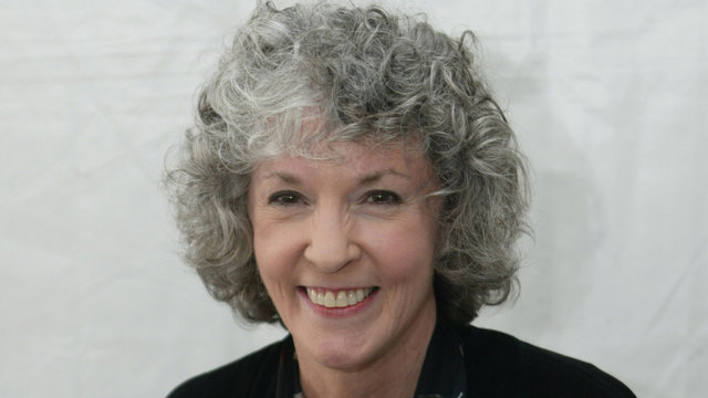 Author Sue Grafton dies at age 77