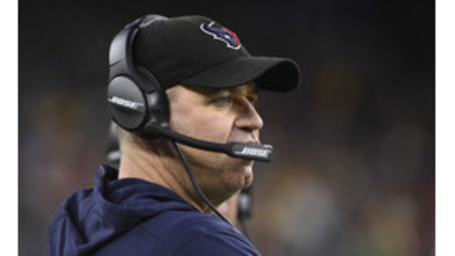 O'Brien retains job with Texans; is vague about future