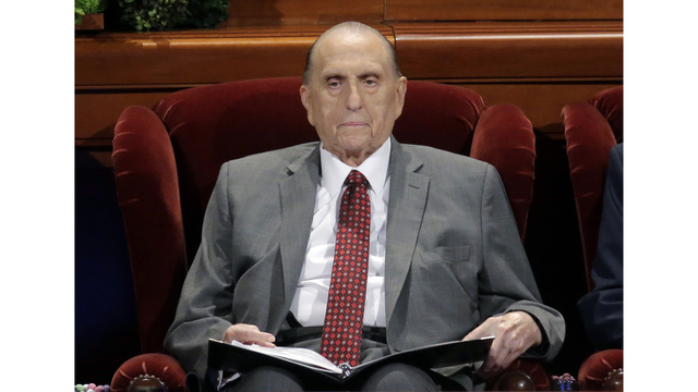 Thomas Monson, leader of the Mormon Church in United States, dead at 90