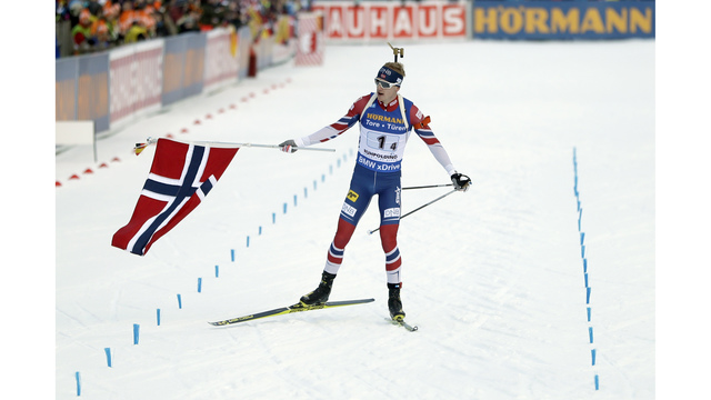 Norway beats France to win men's relay at biathlon World Cup