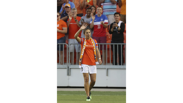 Carli Lloyd traded to Sky Blue FC, Samantha Kerr to Houston Dash