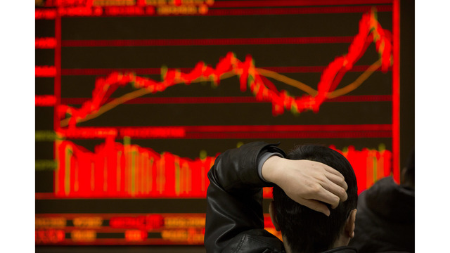 US indices plunge; Dow Jones, S&P 500 fall over 4%
