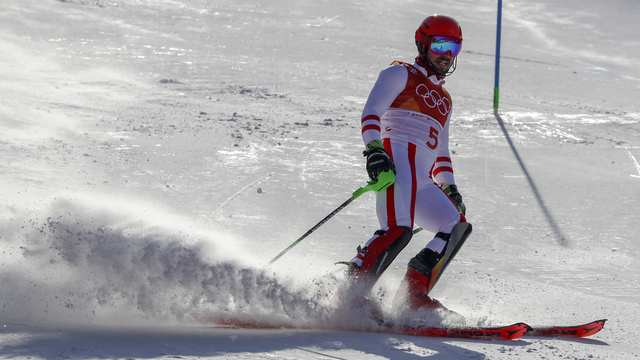 It'll be Vonn vs Shiffrin in final women's ski race at Olympics