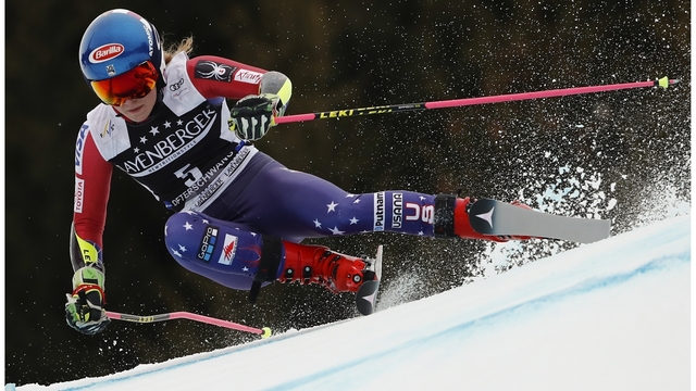 Shiffrin leads World Cup slalom, closes in on season title