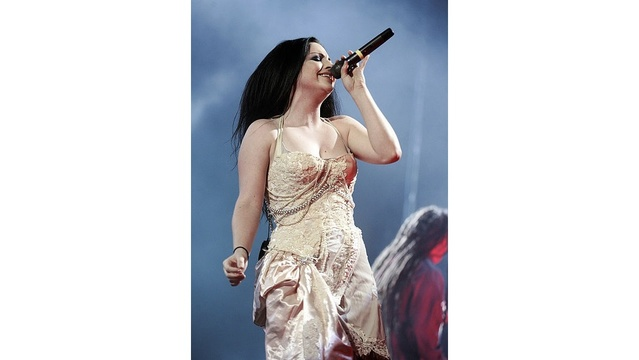 Amy Lee of Evanescence_176174282964159