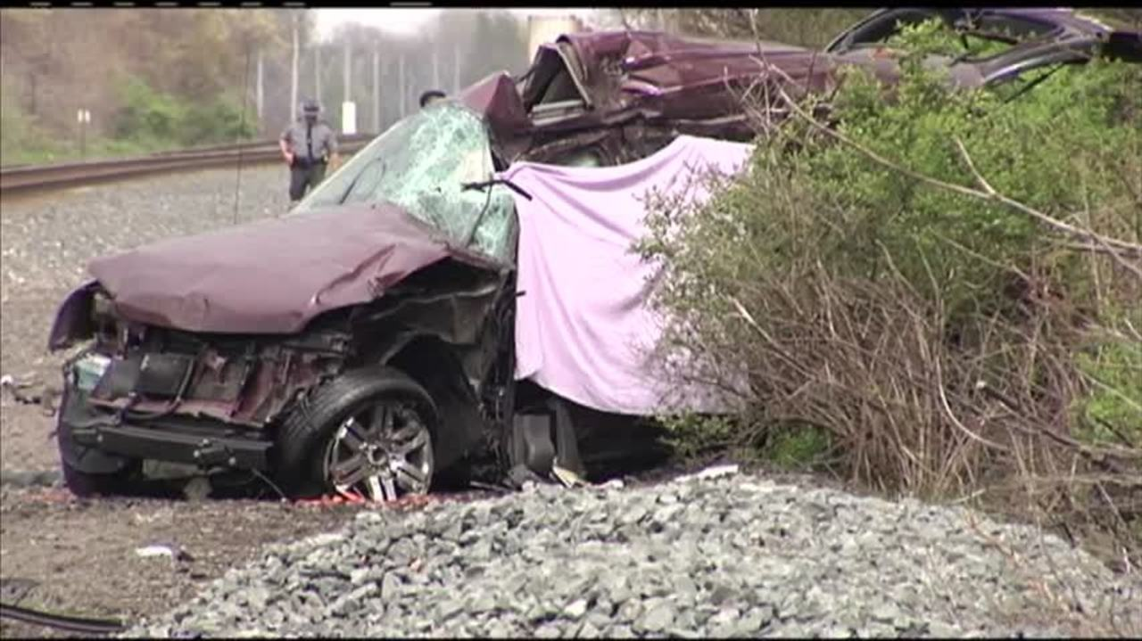 One man dead in car- train accident_20160510213906
