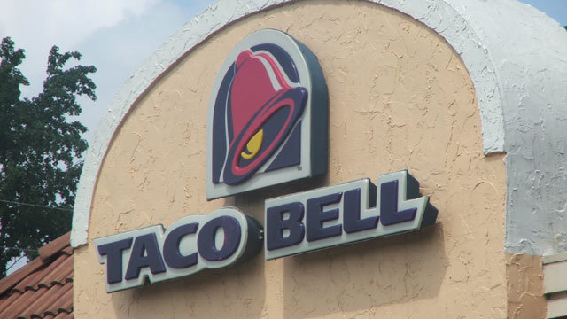 Taco Bell to phase out drive-thru at some locations, adding booze