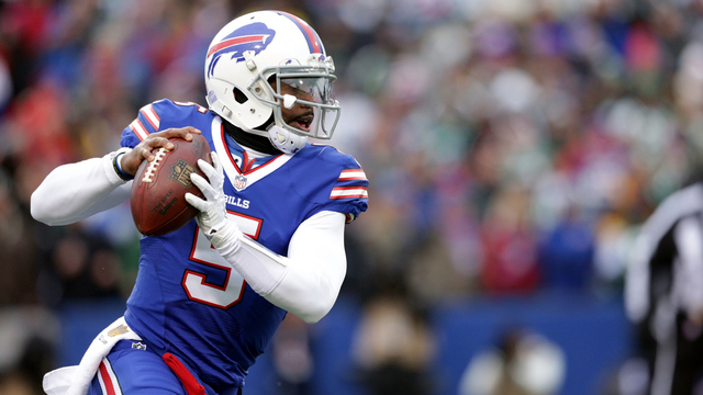 Report: Bills to pay Taylor roster bonus